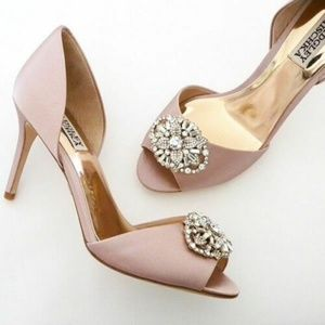 BADGLEY MISCHKA Dana Peep Toe Pumps
